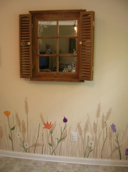 Зеркальное фальш окно для помещения в стиле кантри.