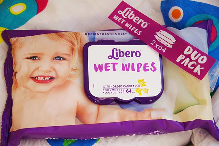 Детские влажные салфетки с ароматом попы