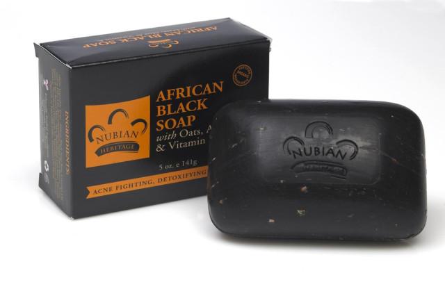 الصابونه الافريقيه السوداء Nubian Heritage, African Black Soap Bar, 5 oz (141 g)