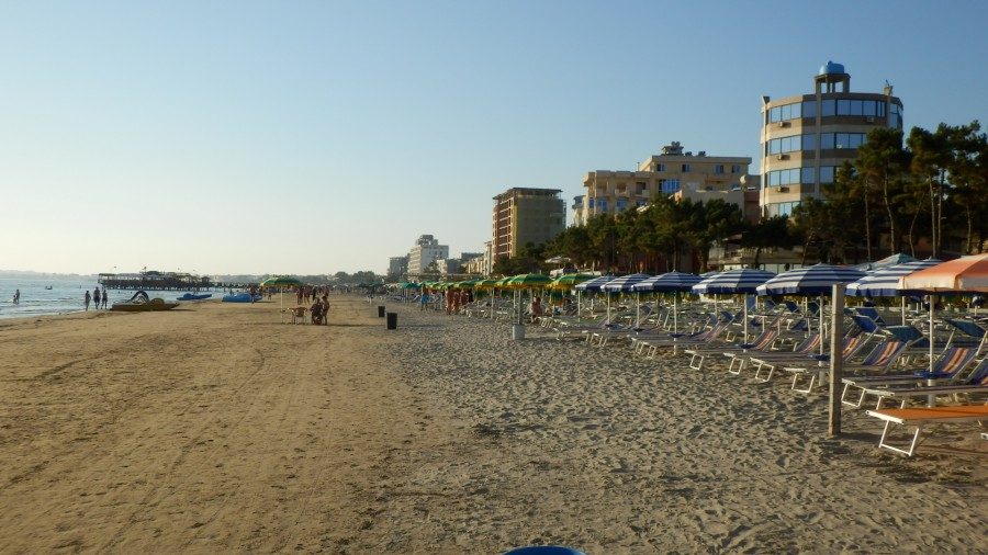 Пляж в Дурресе