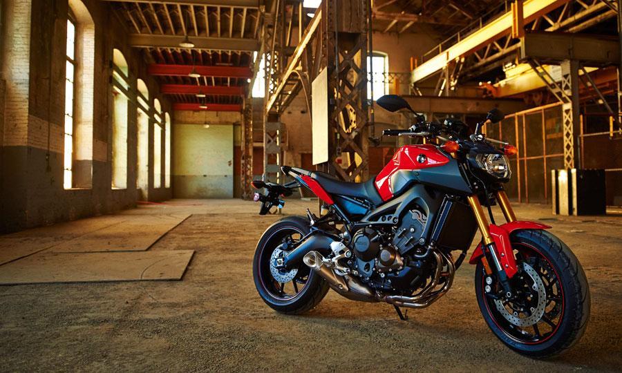 The-2014-Yamaha-FZ-09