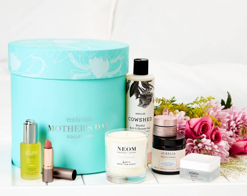 Бьюти Бокс Lookfantastic Beauty Box Mother's Day Limited Edition 2020 - 12458251-1934748128104594.jpg