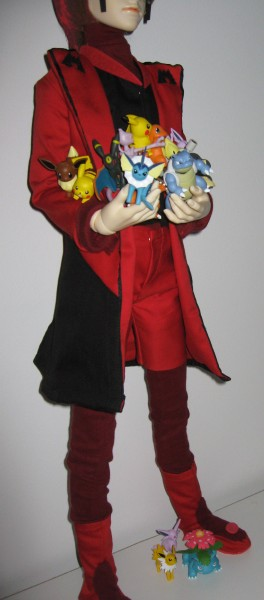 Maxie with Tomy Figures
