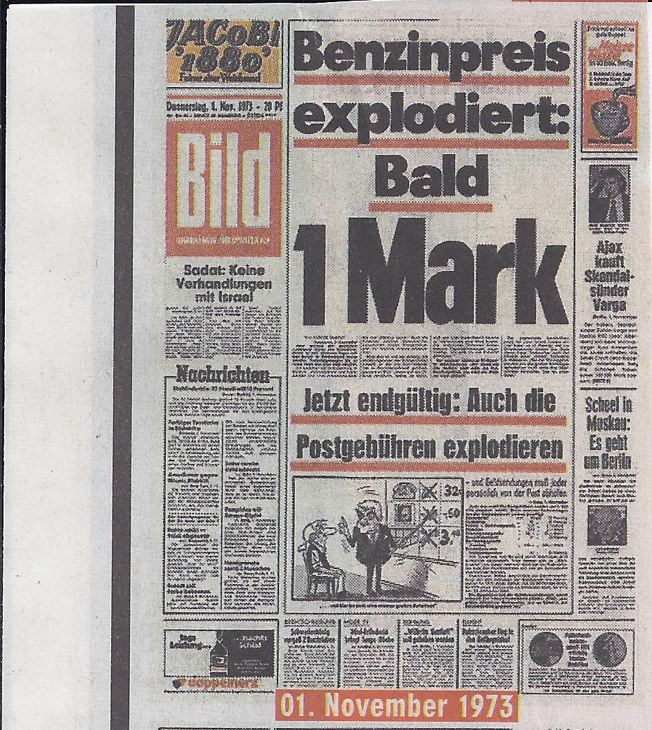 A newspaper front page with the main headline 'Benzinpreis explordiert: Bald 1 Mark'.