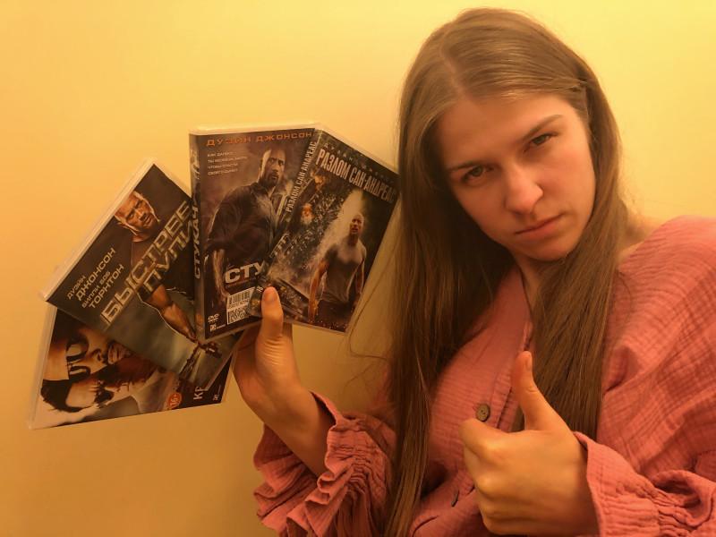Преподаватель актерского мастерства для детей и подростков Мария Подковырова рекомендует брать со Скалы пример!