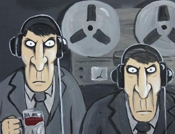 Не будьте шпионами с картины Васи Ложкина. Это всего лишь учеба.
