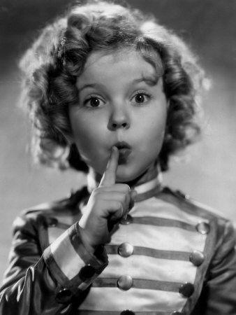 Так почему же вашему ребенку нужно показывать фильмы с Ширли Темпл?