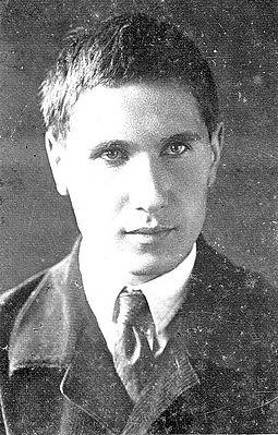 Николай Барышев - художник и руководитель подпольной группы Сокол.
