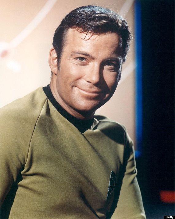 Капитан Кирк. Актеру Уильяму Шетнеру, кстати, 22 марта исполнилось 90 лет.