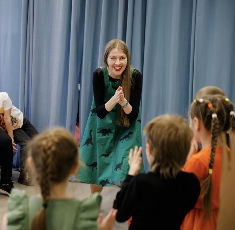 Мария Подковырова — режиссер и преподаватель актерского мастерства для детей и подростков.