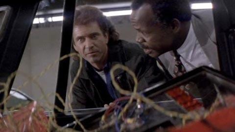 """Осталось 10 секунд! Вспомните фильмы и мультики с бомбами. Можно превратить рутинные действия в игры """"нужно успеть""""!"""