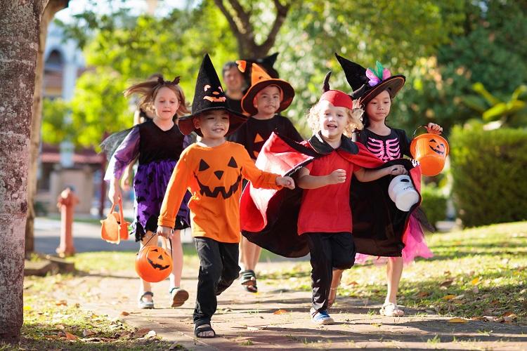 Хэллоуин - один из любимейших детских праздников.