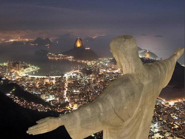 68327223_1293296013_StatuyaIISUS_RoideZHaneyro_Braziliya