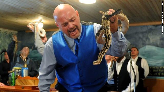 пастор-змеелов
