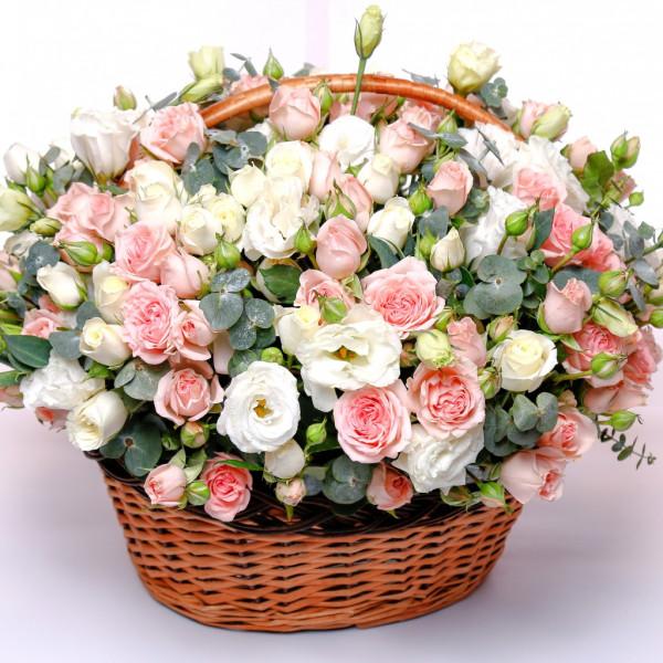 rose-basket-wicker-rozy-eustoma-buket-shikarnyi-korzina.jpg