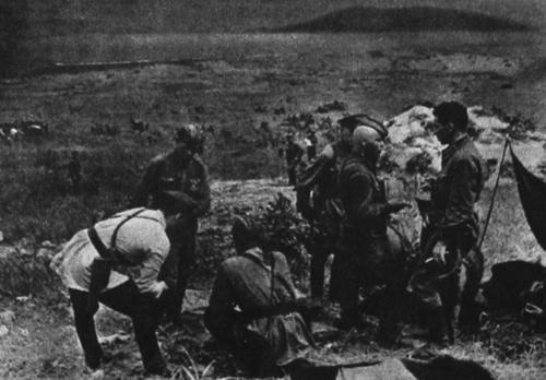 На командном пункте полевого штаба в районе озера Хасан