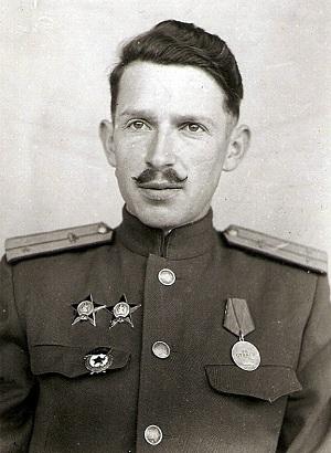 Карасик Илья Исаакович. 61-ая гв. т. бр.