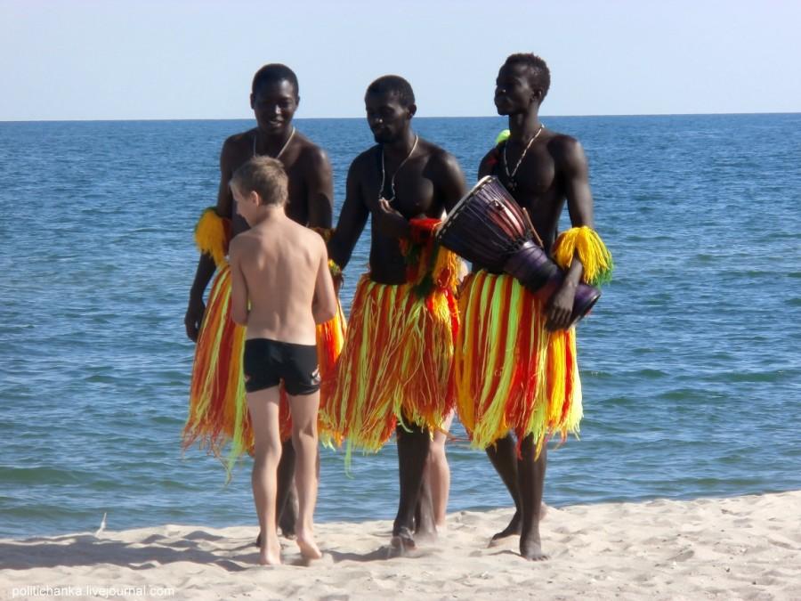 Негр на пляже картинки фото 229-602