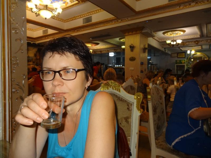 В русском ресторане...