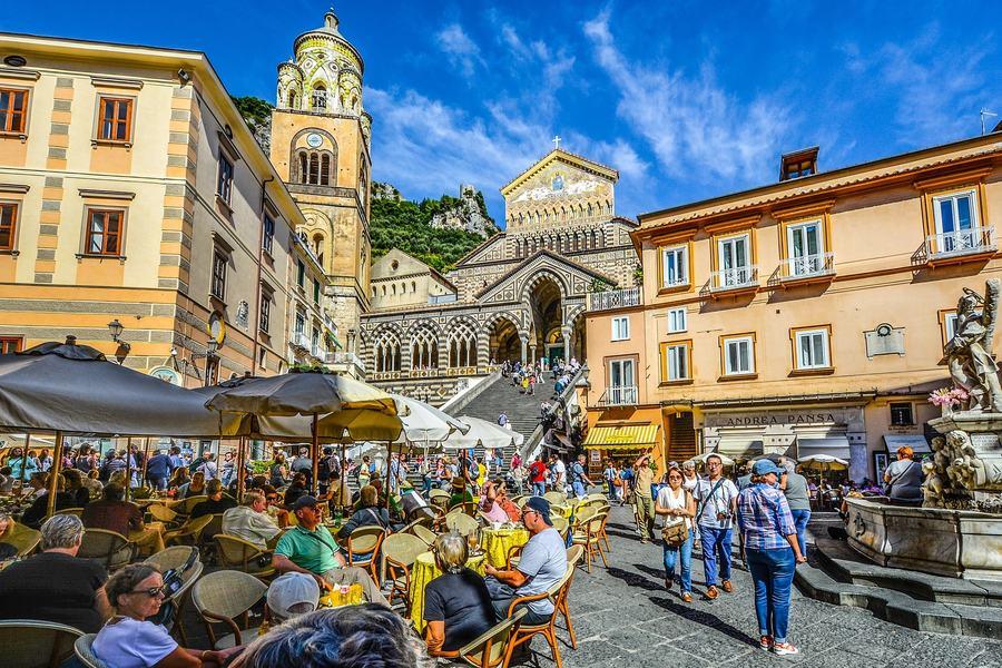 Почему европейцы так часто путешествуют?