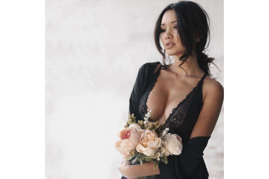 Сексуальная девушки казашки