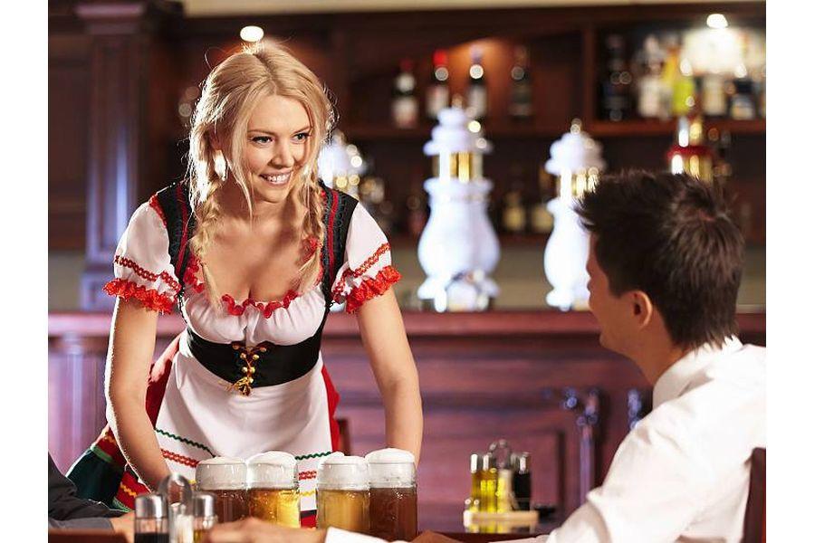 секс с официанткой отеля этом