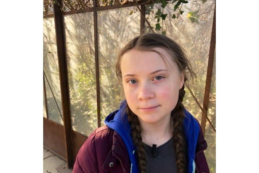 16-летняя школьница