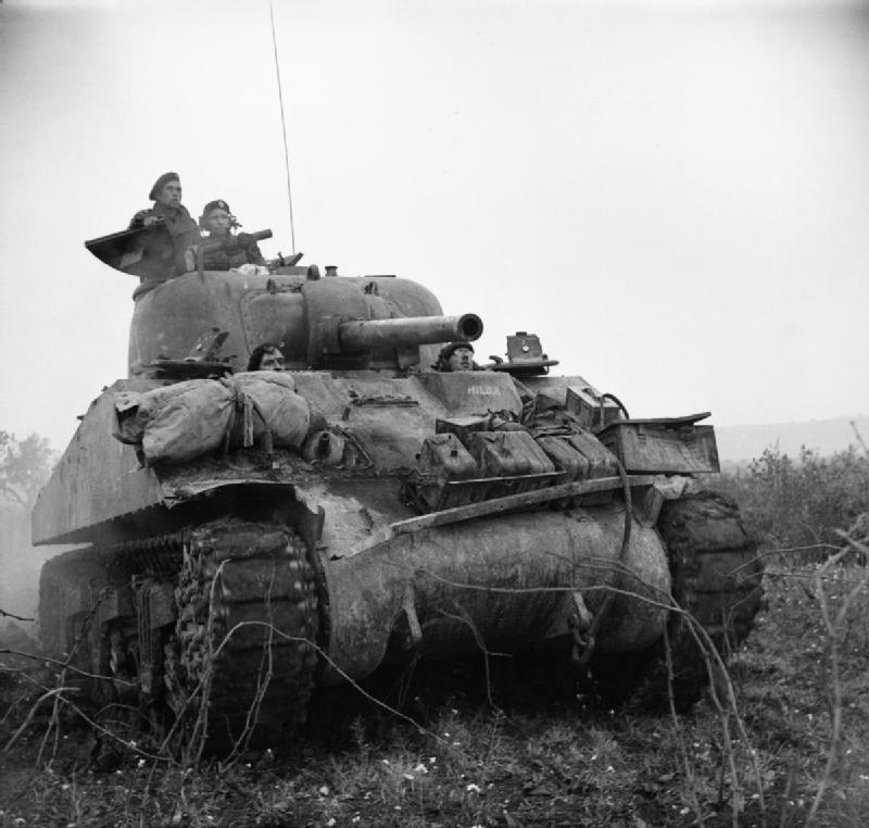 British_Sherman_tank_Italy_Dec_1943_IWM_NA_9992