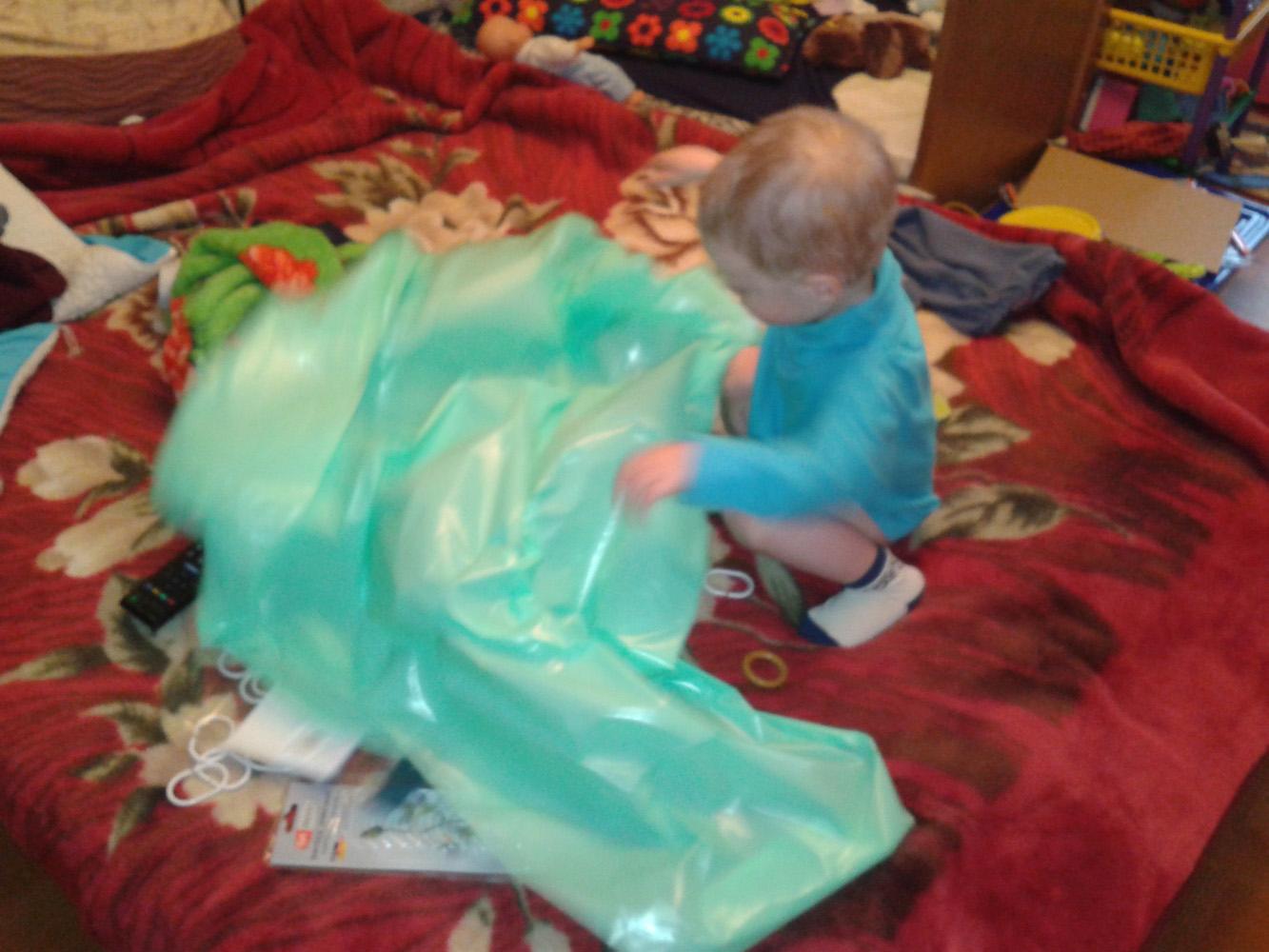 Тетя сосет у маленького мальчика фото 23 фотография