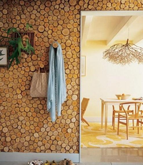 Интерьер из деревянных спилов