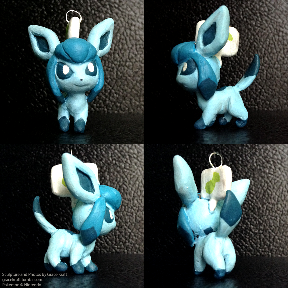 Glaceon_Charm