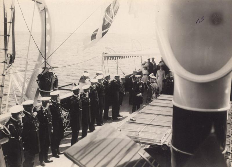 Германский император Вильгельм II на яхте «Штандарт». Финские шхеры, 1908