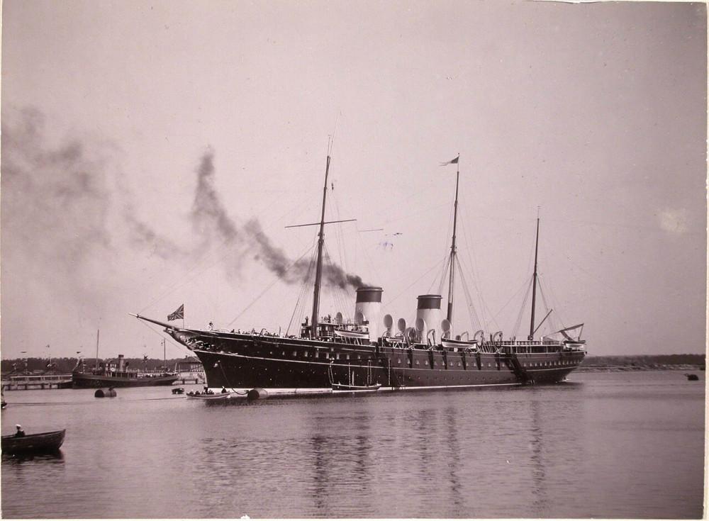 "Порт имп. Александра III. ""Штандарт"" у доков Адмиралтейства. 1903 год"