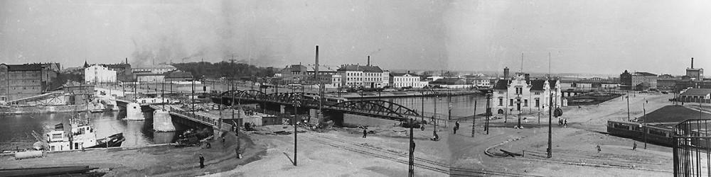Строительство нового трамвайного моста. 1960 год