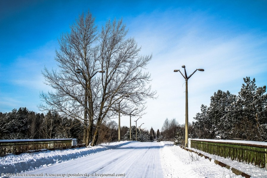 Мост зимой.