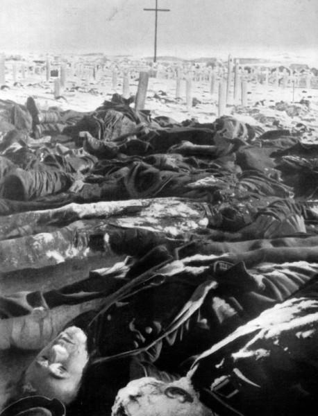 Тела погибших в районе Сталинграда немецких солдат