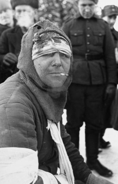 Пленный раненый красноармеец в финском Сортавала