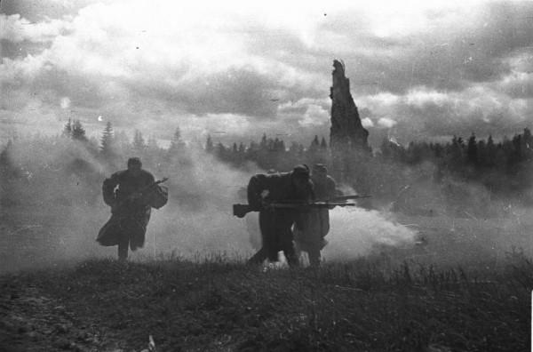 атака 1944Михаил Савин
