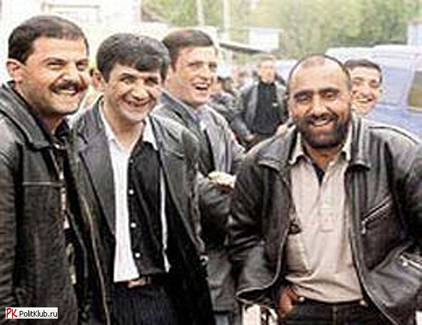 Азербайджанцы поколотили милицию на Казанском вокзале. Происшествия Новости сейчас: It's Now!