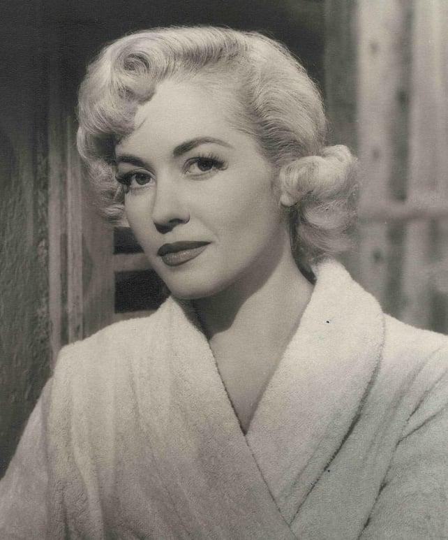 Актрисы старого кино: Барбара Лаж