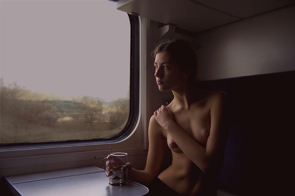 Фото секса с красивыми в поезде, порно русская с индусом