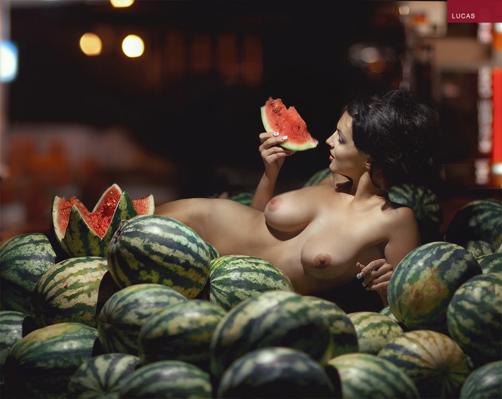 Sex and watermelons in bulgarian pop culture