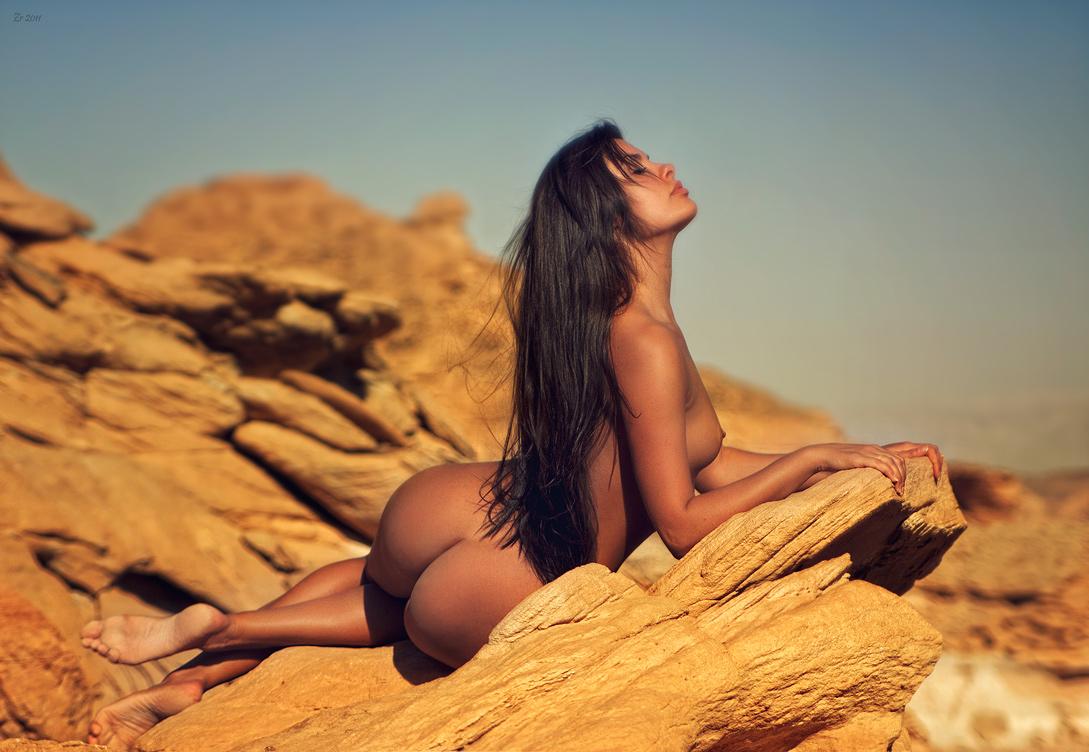 Красивые Фотографии Девушек В Обнаженном Виде