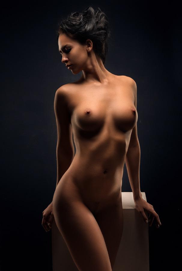 высокохудожественная эротика женская грудь обожаю
