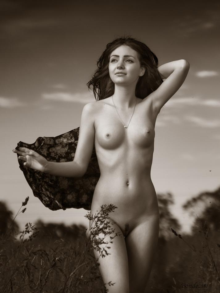 Естественная Красота Обнаженной Девушки