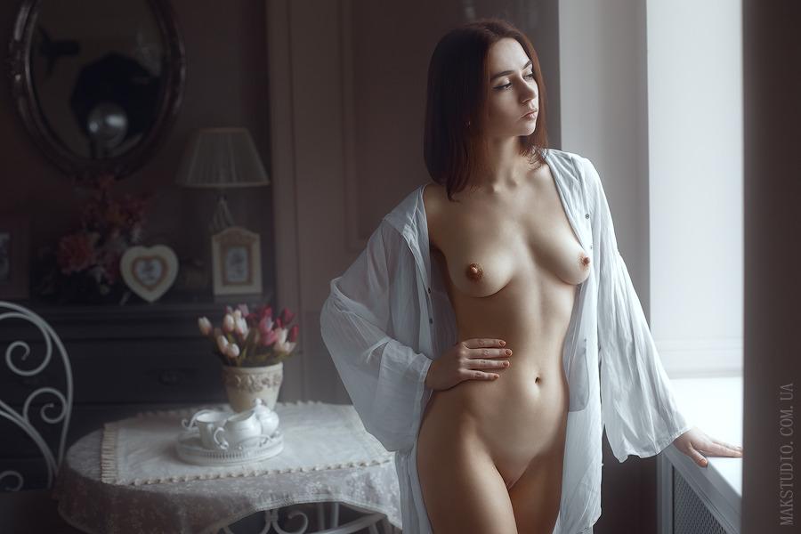 Одинокие Женщины В Обнаженном Виде