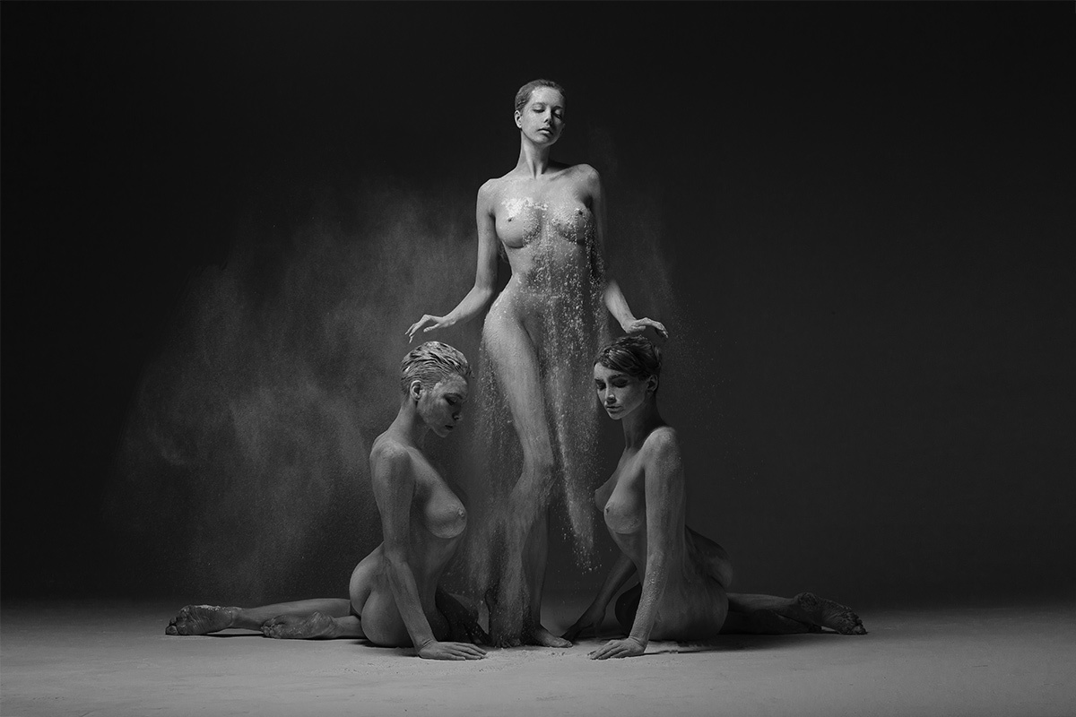 Erotic Photography By Radoslaw Pujan