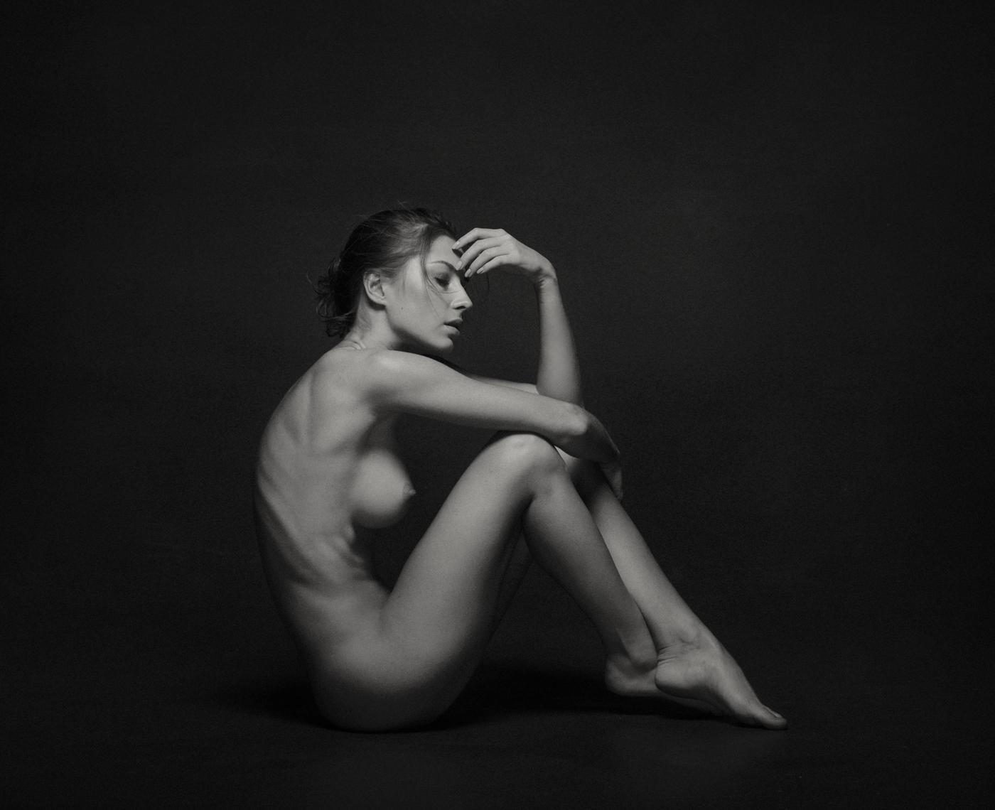 Nude heels blogger