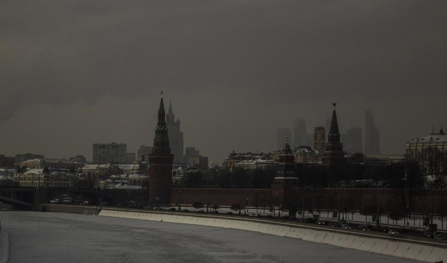 Вид на кремль с моста маленькая