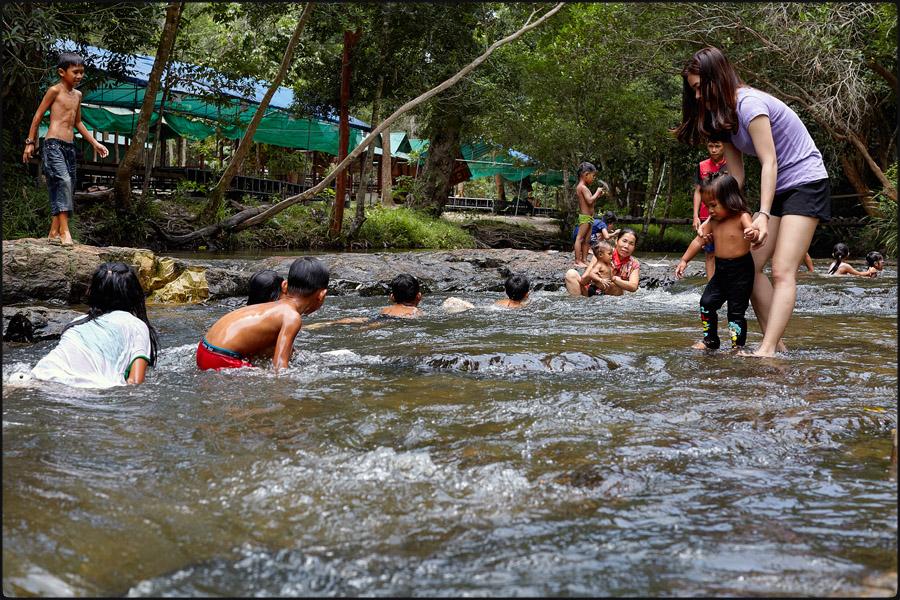 146-299camb_Phnom Kulen0005.jpg